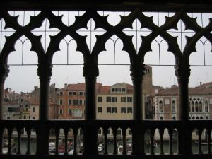 Venice from the Ca d'Oro, photo by Procsilas Moscas, April 2005 (Wikimedia Commons)