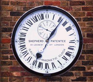 684px-Greenwich_clock_2