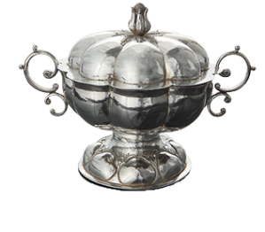 "Covered Bowl from Batavia (present-day Jakarta, Indonesia), early 18th century, silver, 5 x 7"" (Gemeentemuseum, The Hague)"