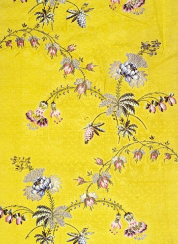 Silk panel, 1748-1750 Spitalfields silk courtesy of the Museum of London