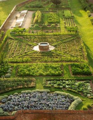 Kitchen garden at Mount Vernon