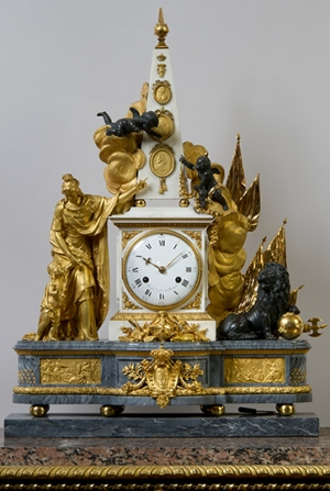 Marble and gold-plated bronze table clock with portrait medallions of King Gustav I, King Gustav II Adolf and King Gustav III.